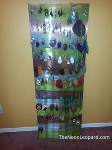 earring art display TNL
