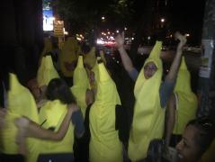 banana conga line