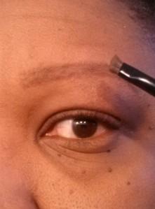 Eyebrow tutorial (4) - apply eye shadow