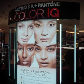 Pantone Colour IQ