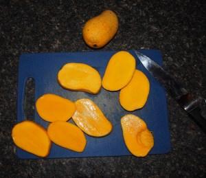 DIY Mango roll-ups